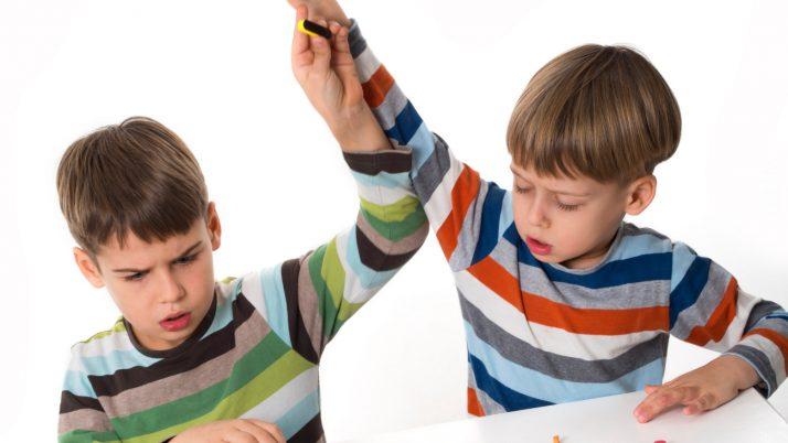 beneficios de defenderse de niño cruel